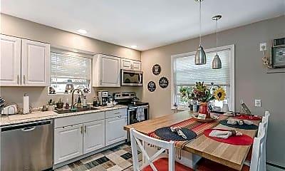 Kitchen, 271 W Pulaski Rd A, 1
