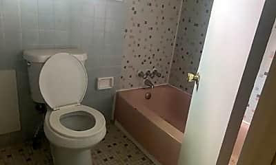 Bathroom, 1347 Bailey Ave, 2
