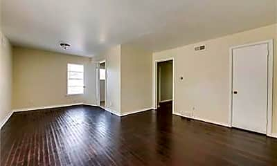 Living Room, 6725 Ascot Ln, 1