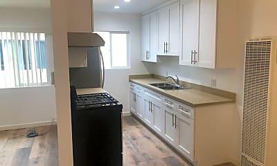 Kitchen, 5407 Lexington Ave, 1