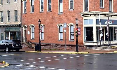 Building, 105 W Bishop St, 1