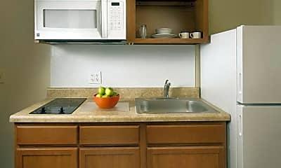 Kitchen, WoodSpring Suites Romeoville, 1