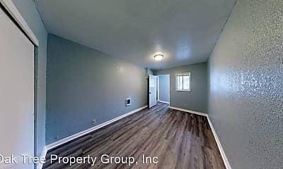 Living Room, 949 35th St, 1