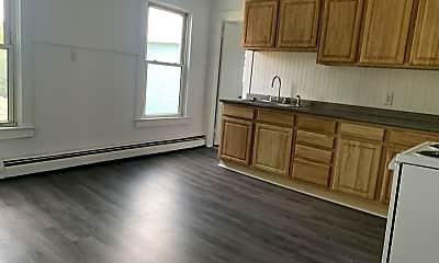 Kitchen, 49 Winter St, 2