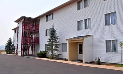 Building, Forrest Ridge Apartments, 1