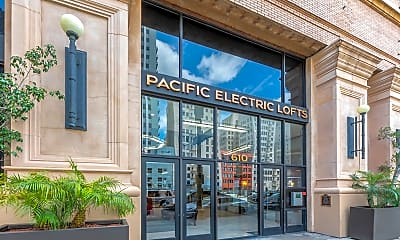 Pacific Electric Lofts, 1