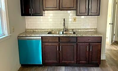 Kitchen, 272 Parkdale Ave, 0