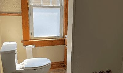 Bathroom, 140 Park Ave, 2