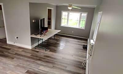 Living Room, 4 Sanner Dr, 2