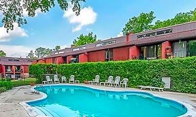 Pool, 2411 Packard St, 1