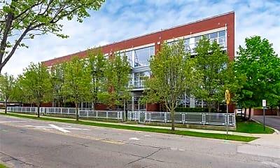 Building, 322 E Harrison Ave 7, 0