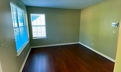 Living Room, 6560 Coventry Point, 1