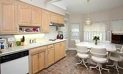 Kitchen, 28 Glenwood Rd, 1