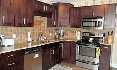 Kitchen, 209 Chamberlin St, 1