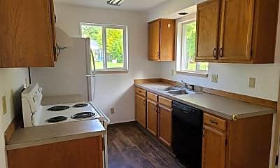 Kitchen, 187 Craven St S, 1