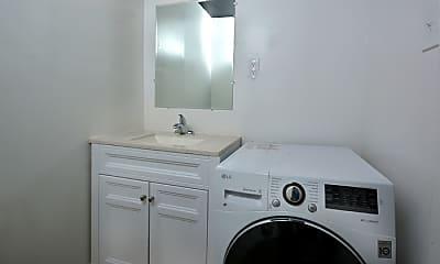 Bathroom, 1527 Crest Rd, 1