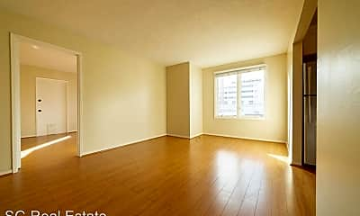 Living Room, 2297 Sutter St, 2
