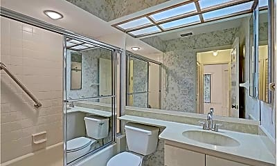Bathroom, 6672 S Pine Ct, 2