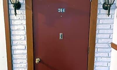Bathroom, 300 Main St, 1
