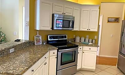 Kitchen, 5705 Heron Ln 806, 1