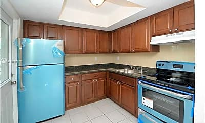 Kitchen, 626 SW 14th Ave 107, 1