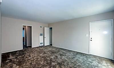 Living Room, 5 W Pine St, 0