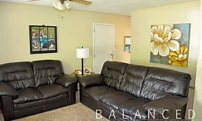 Living Room, 3117 SW Crest Dr, 1