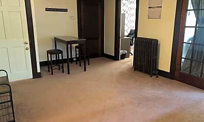 Living Room, 577 S Braddock Ave, 0