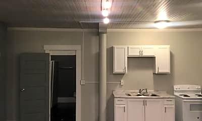 Kitchen, 1130 E 68th St, 2