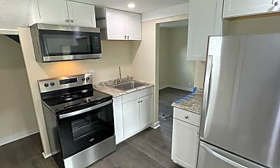 Kitchen, 628 Sidney St, 0
