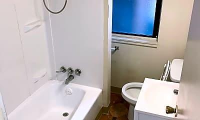 Bathroom, 315 Jucunda St, 1