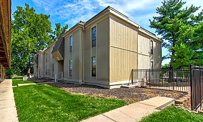 Building, Coventry Park Apartments, 1