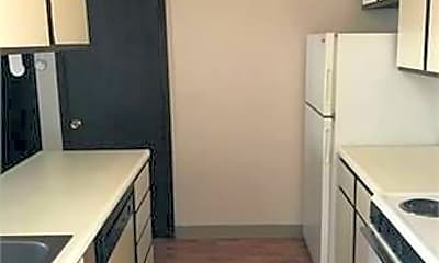 Kitchen, 717 S Randolph St, 1
