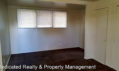 Living Room, 114 S 6th St, 2