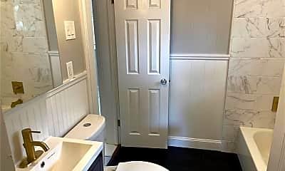 Bathroom, 2134 8th Ave N 1/2, 2