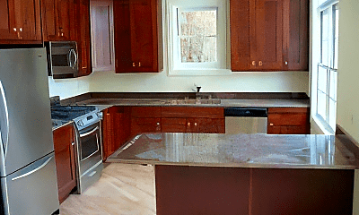 Kitchen, 2927 N Southport Ave, 2