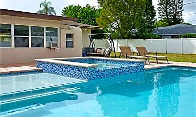 Pool, 4529 SE 9th Pl, 1