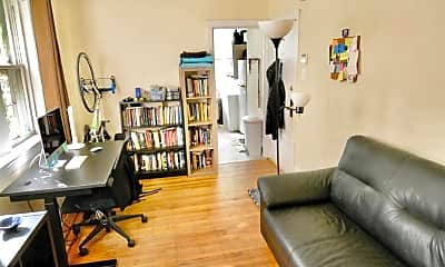 Living Room, 506 W Coulter St 1, 1