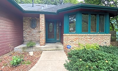 Building, 11116 Oxbow Trail, 0