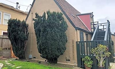 Building, 160 Monterey Ave, 1