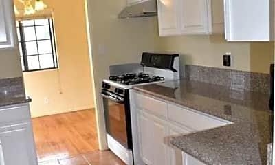 Kitchen, 11910 Lucile St, 2