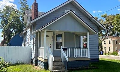 Building, 501 Clarendon Ave, 0