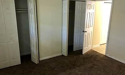 Bedroom, 415 Woodrow Ave, 2