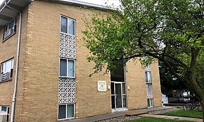 Thurstin Manor Apartment, 1