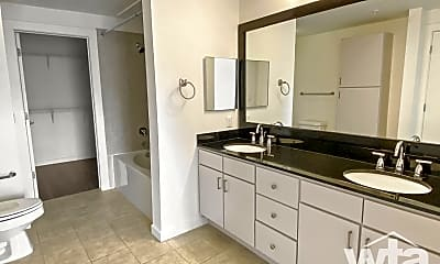 Bathroom, 127 E Riverside Dr, 1