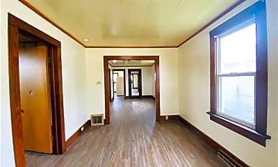 Living Room, 740 4th St SE, 1