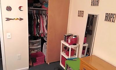 Bedroom, 419 S 48th St, 2