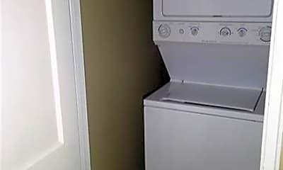 Bathroom, 2429 Vail Ave B7, 2