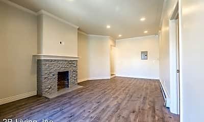 Living Room, 1342 Haight St, 1