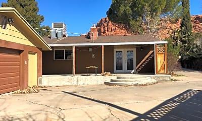 Building, 267 W 500 N, 2
